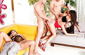 ANNIE CRUZ Orgy w Neighbours