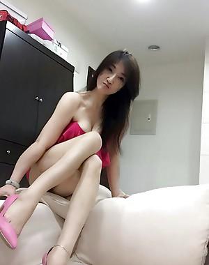 Naughty Taiwanese Tease